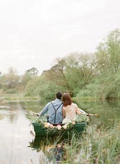 Awesome setting - Scottish Highlands styled elopement