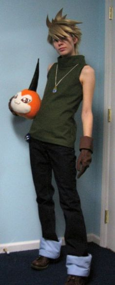 Matt Ishida and Tsunomon. Just pinning because it makes me happy there's a Digimon cosplayer