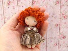 tiny dollhouse doll 3-1/8 in (8 cm) high for dollhouse 1/12 scale