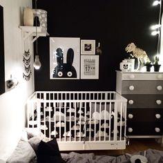 black / white kids room