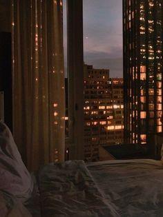 Night Aesthetic, City Aesthetic, Brown Aesthetic, Aesthetic Bedroom, Travel Aesthetic, Apartment View, Dream Apartment, Apartment Interior, Bedroom Apartment