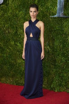 Emily Ratajkowski | All The Looks From The 2015 Tony Awards