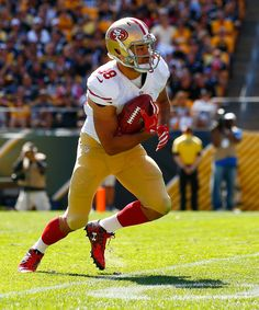 Jarryd Hayne #38 of the San Francisco 49ers fields a punt against the Pittsburgh Steelers in the second half during the game at Heinz Field on September 20, 2015 in Pittsburgh, Pennsylvania. (Sept. 19, 2015 - Source: Jared Wickerham/Getty Images North America)