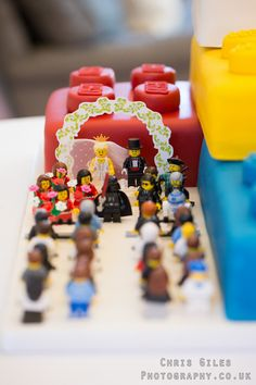 lego wedding cake... totally wish I would've seen this sooner!!! Dang it!! ;)