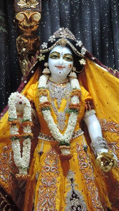 Sanskrit Quotes, Radha Krishna Pictures, Radha Rani, Hare Krishna, Deities, Jay, Doll Clothes, Idol, Princess Zelda