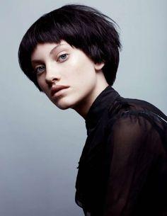 Причёски и стрижки: фото из коллекции ECCENTRIC ROMANTICS