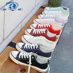 유니버설 한국어 하라주쿠 ulzzang 캔버스 신발 여학생 플랫 조커 화이트 신발 Ins Board Shoes 천으로 된 신발 Vans Old Skool, Eyewear, Shoe Bag, Sneakers, Bags, Outfits, Shoes, Women, Fashion