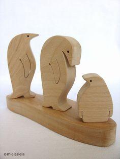 Wooden toy set penguin family waldorf natural por mielasiela