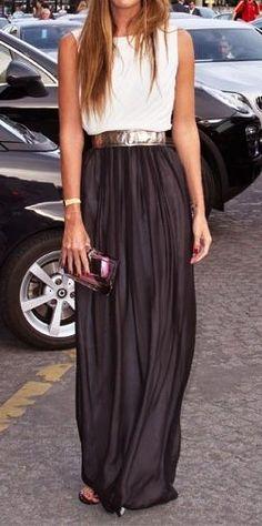 chic .black & white dress