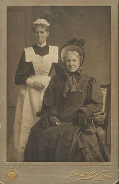 Miranda Mooney and Great aunt. Wealthy woman and maid c. 1890 Why would the maid uniform be white? Too funny! Victorian Maid, Victorian Life, Victorian Photos, Victorian Women, Edwardian Era, Antique Photos, Vintage Pictures, Vintage Photographs, Old Pictures