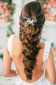 Beautiful style for long hair. Bride or bridesmaids