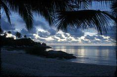 Pagi Hari di Pantai Parai Bangka