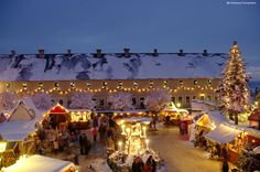 The historical and romantic Christmas market at Königstein Fortress. Christmas Traditions, Christmas Markets, Win A Trip, Winter Travel, Germany Travel, Dream Vacations, Paris Skyline, Travel Destinations, Tourism