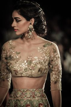 ~ Living a Beautiful Life ~ Designer Manish Malhotra in association with 'Hazoorilal by Sandeep Narang' kickstarted the India Couture Week 2016 with 'The Persian Story' Netted Blouse Designs, Saree Blouse Designs, Indian Attire, Indian Wear, Indian Dresses, Indian Outfits, Mehendi Outfits, Bridal Outfits, Pakistani Dresses