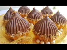 Eid Sweets, Traditional Cakes, Cafe Food, Beignets, Caramel Apples, Cake Recipes, Biscuits, Muffin, Pudding