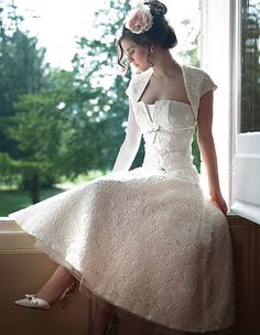Tea length wedding dresses are mostly use in summer season. Tea length wedding dress generally use in young brides. If three tea length wedding sare Lace Wedding Dress, Tea Length Wedding Dress, Sexy Wedding Dresses, Gorgeous Wedding Dress, Wedding Dress Styles, Wedding Gowns, Bridesmaid Dresses, 50s Wedding, Trendy Wedding