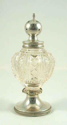 Online veilinghuis Catawiki: Kristallen peperstrooier met zilveren dop en voet, Jacob Helweg, Amsterdam, ca 1835