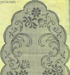 Kira scheme crochet: Several oval tablecloth Filet Crochet Charts, Crochet Doily Patterns, Thread Crochet, Crochet Doilies, Crochet Stitches, Cross Stitch Patterns, Crochet Flower, Oval Tablecloth, Crochet Tablecloth