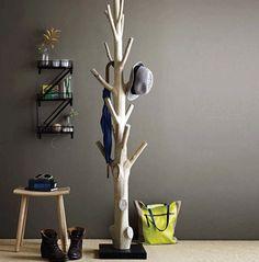 Haus ideen – Branch coat rack – 15 Practical DIY Woodworking Ideas for Your Home – Ideen Dekorieren Tree Coat Rack, Coat Racks, Coat Tree, Coat Hanger, Diy Coat Rack, Coat Storage, Rustic Coat Rack, Storage Rack, Storage Ideas
