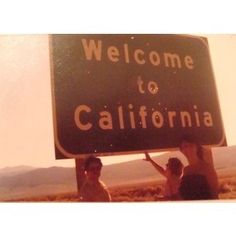 Soooo taking this on the return road trip, only I'll be hugging the sign :p