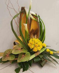 Contemporary Flower Arrangements, Tropical Flower Arrangements, Flower Arrangement Designs, Beautiful Flower Arrangements, Tropical Flowers, Beautiful Flowers, Altar Flowers, Church Flowers, Funeral Flowers