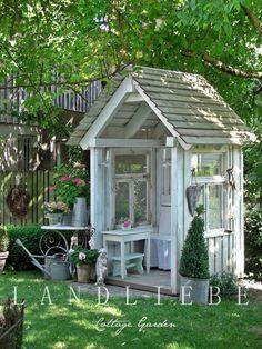 Garden Shed - made from salvaged windows - via LANDLIEBE Cottage Garden Outdoor Projects, Garden Projects, Garden Tools, Garden Sheds, Garden Cabins, Backyard Sheds, Outdoor Rooms, Outdoor Gardens, Outdoor Living