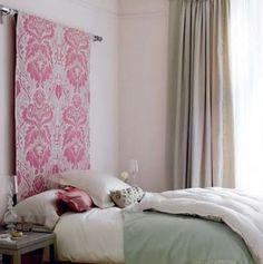 Une tête de lit en papier peint