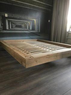 bol.com | Zwevend eiken balken bed Bed Frame Design, Bedroom Bed Design, Diy Bed Frame, Home Room Design, Modern Bedroom Design, Home Decor Bedroom, Platform Bed Designs, Diy Platform Bed, Bed Furniture