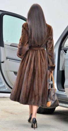 Nadire Atas on Women's Designer Fur Coats & Jackets SAGA vison trench manteau fourrure capuche ceinture classe sable chinchilla fox veste gilet noir Fur Fashion, Look Fashion, Winter Fashion, Fashion Outfits, Womens Fashion, Fabulous Furs, Mode Style, Winter Wear, Vest Jacket