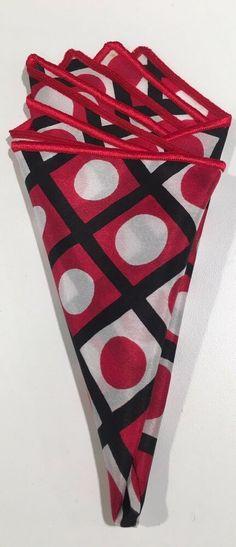 GIANFRANCO ITALY BLACK //RED POLKA DOT STYLE SILK DESIGN NECK TIE HANKIE SET