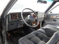 1983 Oldsmobile Cutlass Supreme Sedan