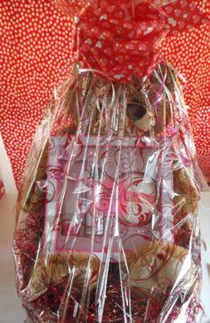 Victoria Secret Bombshell Valentines Gift Basket Valentine Gift Baskets, Valentine Day Gifts, Holiday Gifts, Bombshells, Victoria Secret, Projects To Try, Gift Ideas, Xmas Gifts, Victoria Secrets