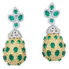 Green & Yellow Danglings  Product Code : ADERM1400040  Type : Green Hydro, Yellow Topaz, Swarovski  Color : Yellow , Green  #SilverEarringsOnlineShopping  #SilverEarringsOnlineIndia  #SilverEarringsIndia  #SilverEarringsOnline  #BuySilverEarringsOnline  #SilverEarringsForWomen  #SilverEarring  #DesignerSilverEarrings  #BuySilverEarrings  #SilverEarrings  #Earrings