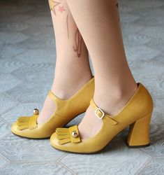 HOSH YELLOW :: SHOES :: CHIE MIHARA SHOP ONLINE