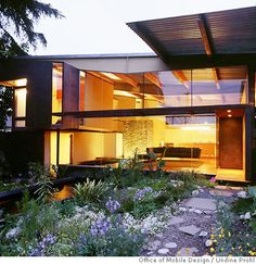 Seatrain Container House by Sandbox Ventures, via Flickr