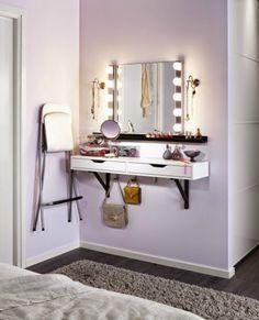 Туалетный столик в маленьком интерьере: 5 уникальных идей и 25 крутых примеров