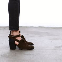 Say // Brown Suede + Black Lizard Print
