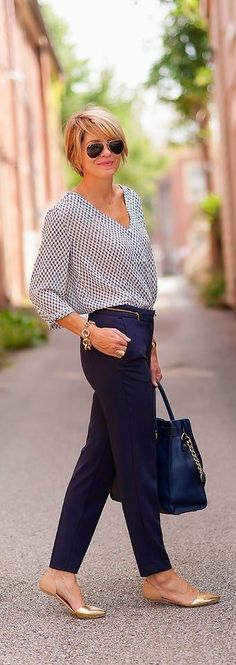 Like the navy pants with printed shirt