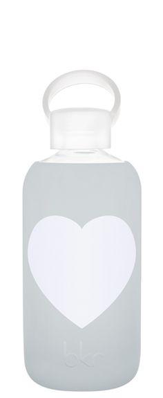 10 reusable glass water bottles // Green Revival