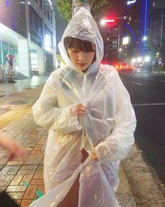 いいね!47件、コメント6件 ― Mizukiさん(@mizukiii68)のInstagramアカウント: 「レインコートのクオリティ(笑) #雨 #あめ #雨だよ #わーい #たのしい #☔️ #レインコート #ゴミ袋じゃないよ # #マッコリ #チョンハ  #パジョン #食べた」@nylon,vinylfashion