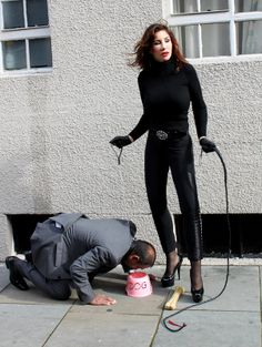 Leeds Mistress Find Sadistic Dominatrix