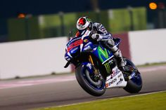 Hasil Race MotoGP Qatar 2016 : Lorenzo Juara, Dovizioso Kedua - http://www.otovaria.com/4603/hasil-race-motogp-qatar-2016-lorenzo-juara-dovizioso-kedua.html