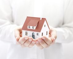 When applying for a mortgage, it is very important to understand and pay attention to the homeowner's insurance. In many cases, the homeowner's insurance Mortgage Companies, Mortgage Tips, Mortgage Payment, Mortgage Rates, Moving Companies, Best Homeowners Insurance, Home Insurance, Insurance Companies, Title Insurance