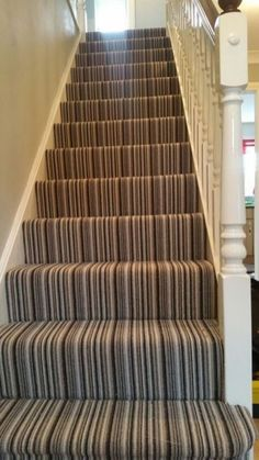 Tile stairs with carpet stairways 57 trendy ideas Stairway Carpet, Hallway Carpet, Basement Carpet, Basement Stairs, Wall Carpet, Bedroom Carpet, Rustic Stairs, Wooden Stairs, Painted Stairs