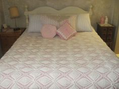 Vintage Hand Made Fringed Crochet Bedspread Popcorn Stitch  Coverlet MUST SEE