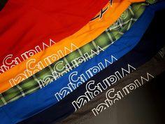 Faites le plein de couleurs avec les chemises Wrangler ! Gym Bag, Bags, Fashion, Wrangler Clothing, Colors, Handbags, Moda, La Mode