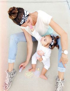 Great idea from Lemons & Lace to offer mom and baby matching headbands