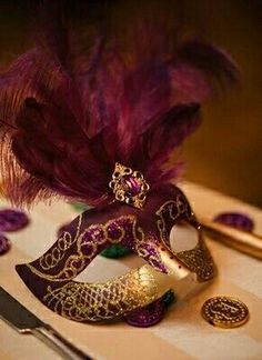 I love the colors on this mask! So beautiful! - Mardi gras mask at a place setting Masquerade Wedding, Masquerade Ball, Masquerade Theme, Mardi Gras Party, Venetian Masks, Venetian Masquerade, Carnival Masks, Beautiful Mask, Burgundy And Gold