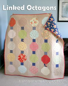 Linked Octagons by Anjeanette Moda Bake Shop. Love the Fig Tree fabric!