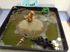 Dinosaur Land, Dinosaur, Reception, Nursery, KS1, small world, tough spot, tough tray, water tray.